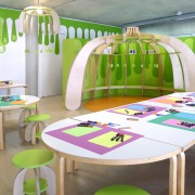 matali crasset atelier  enfants carré d'art aimes Norman Foster